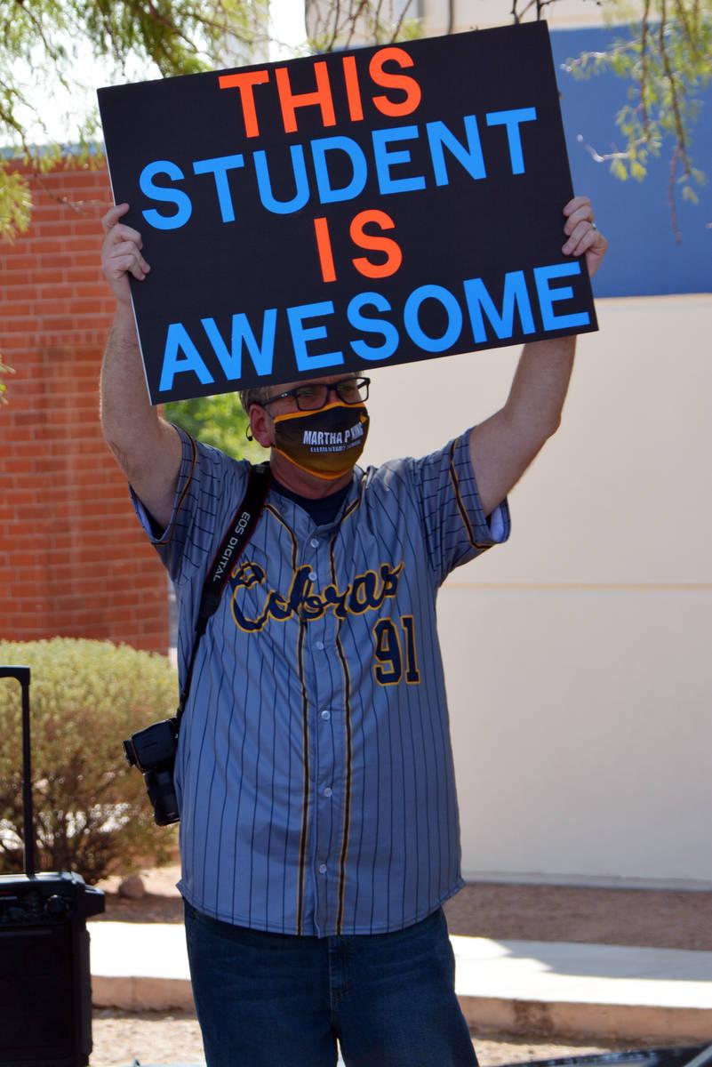 Celia Shortt Goodyear/Boulder City Review King art teacher Mitchell Kingen celebrates the stude ...