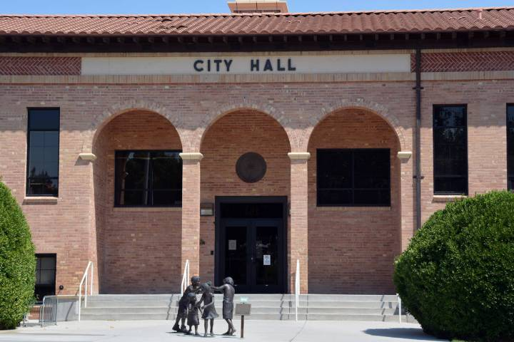 City Council will be using an executive search firm to find its new city manager and city attorney.