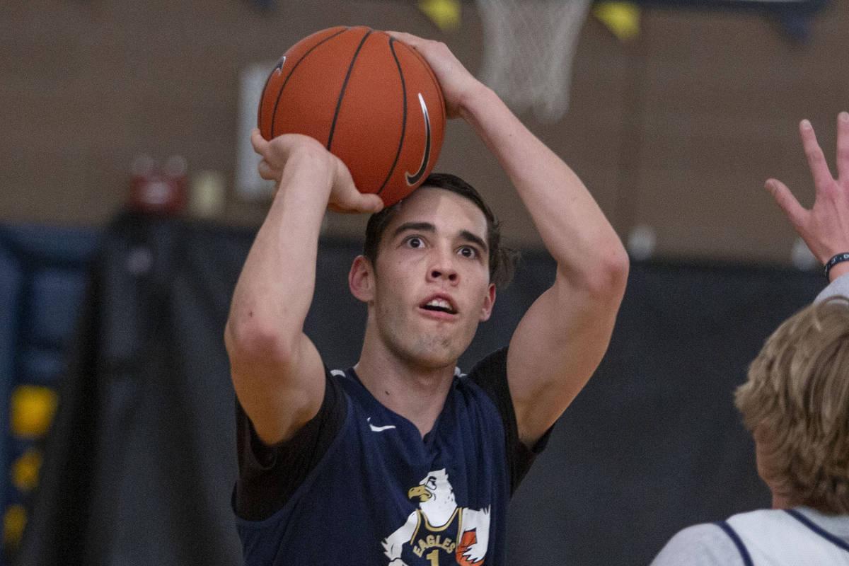 (Elizabeth Brumley/Las Vegas Review-Journal) Ethan Speaker, a senior at Boulder City High Schoo ...