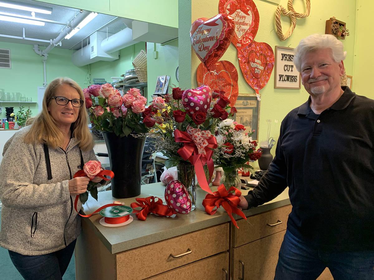 (Hali Bernstein Saylor/Boulder City Review) Kris and Dan Thompson, owners of Boulder City Flori ...