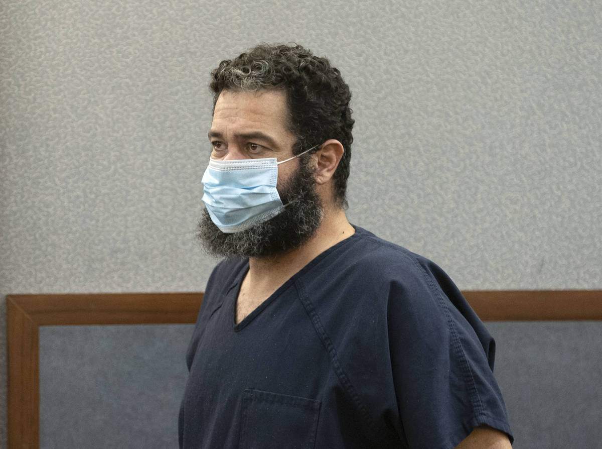 (Bizuayehu Tesfaye/Las Vegas Review-Journal) A judge set bail at $750,000 for Jordan Barson, se ...