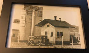 (Gregory Gordon) A small houselike building constructed by Union Oil Co. in 1931 is one of four ...
