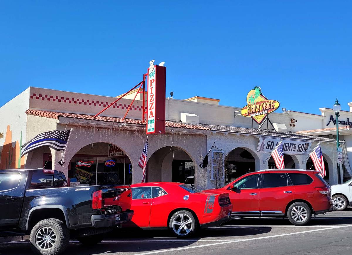 Celia Shortt Goodyear/Boulder City Review Jack's Place and Tony's Pizza are two businesses in h ...