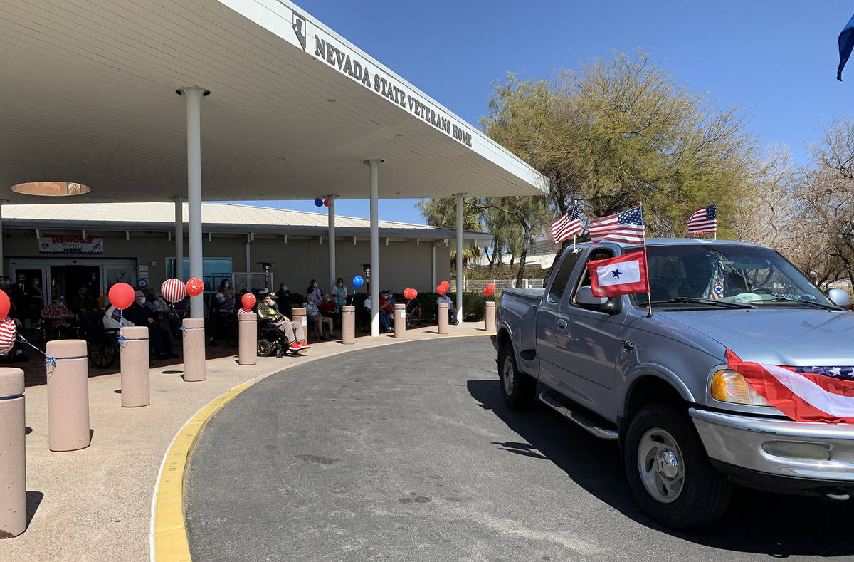 (Hali Bernstein Saylor/Boulder City Review) Residents of the Southern Nevada State Veterans Hom ...