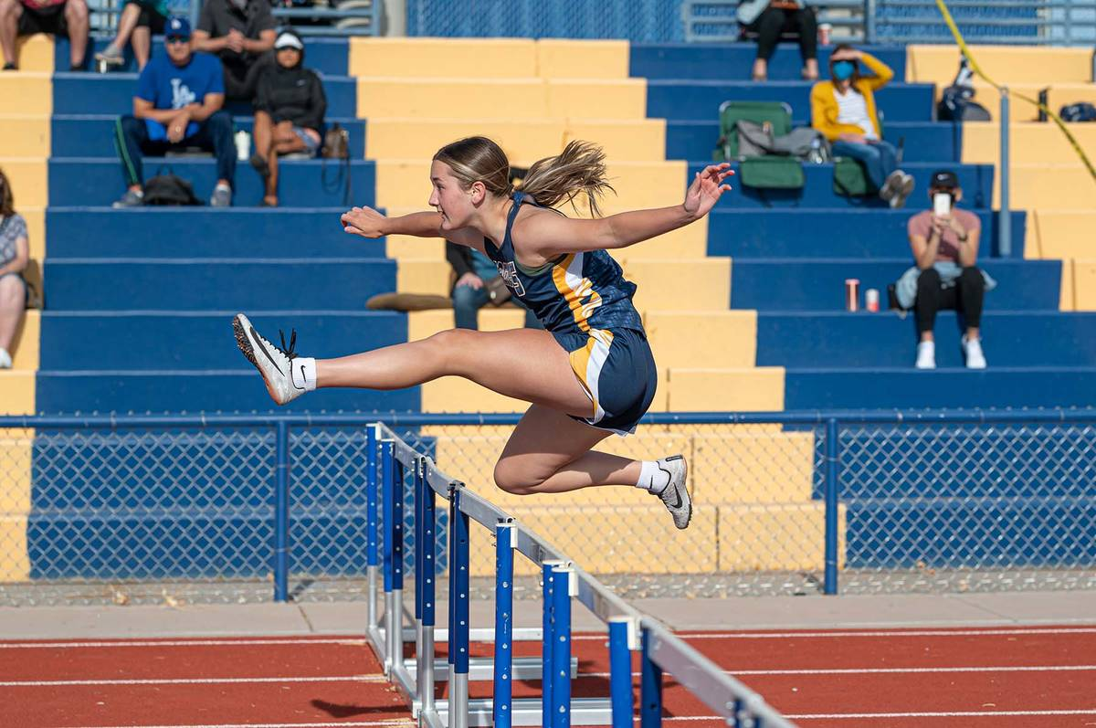 (Jamie Jane/Boulder City Review) Ava Payne, a sophomore at Boulder City High School, competes i ...