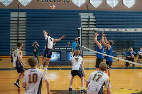 (Jamie Jane/Boulder City Review) Boulder City High School's boys varsity volleyball team ...