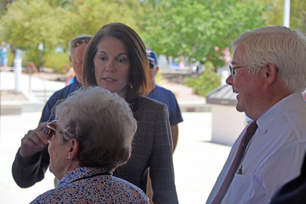 Celia Shortt Goodyear/Boulder City Review U.S. Sen. Catherine Cortez Masto, center, talks with ...