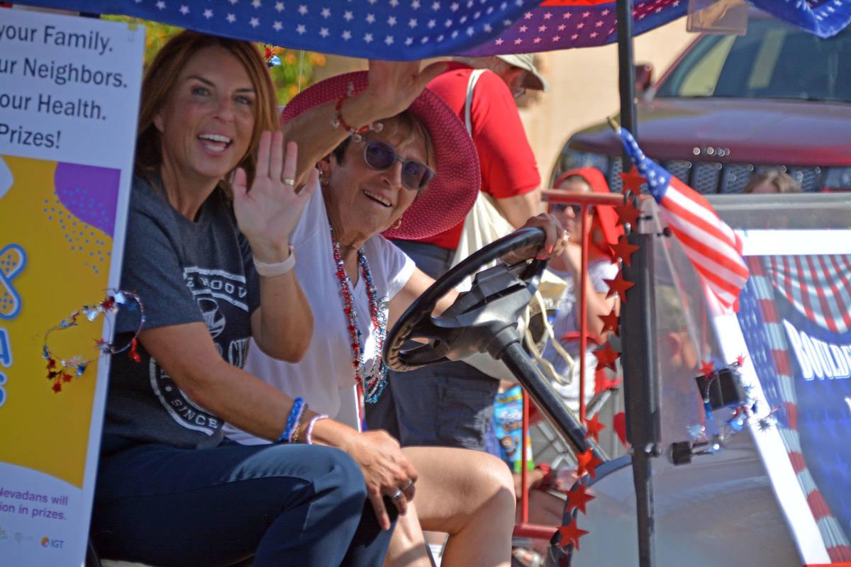 Celia Shortt Goodyear/Boulder City Review Incoming Councilwoman Sherri Jorgensen, left, and Cou ...