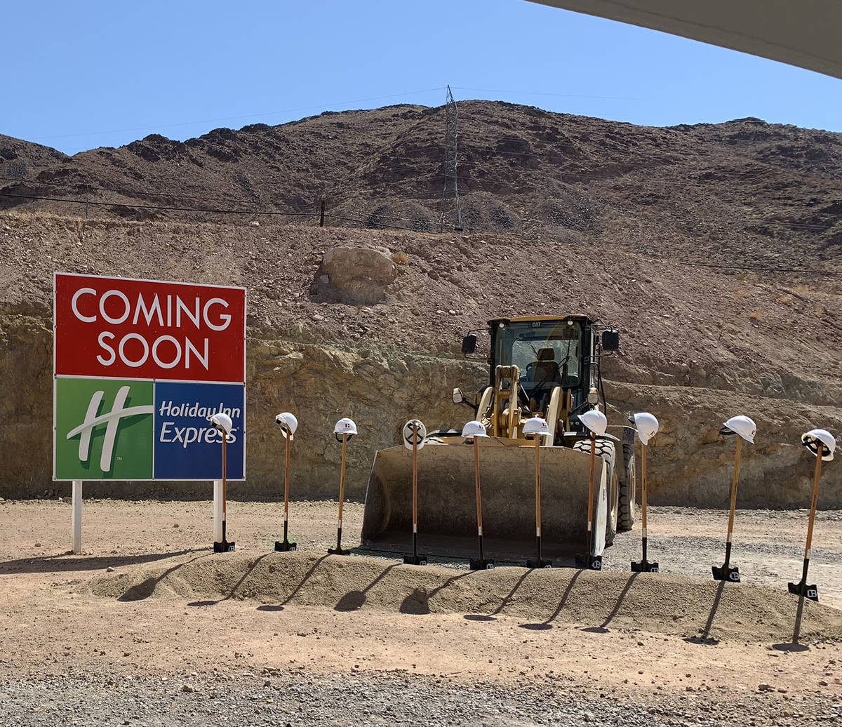 (Hali Bernstein Saylor/Boulder City Review) Shovels await a ceremonial groundbreaking at the Ra ...