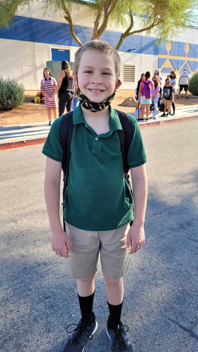 Celia Shortt Goodyear/Boulder City Review Fourth-grader Ehren Conrad arrives at King Elementary ...