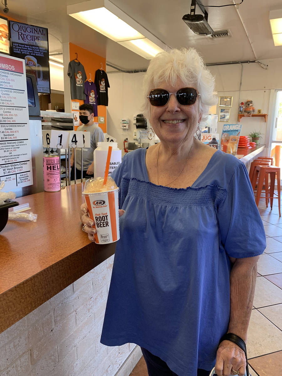 (Hali Bernstein Saylor/Boulder City Review) Linda Nardozzi of Henderson visited A&W Restaurant ...