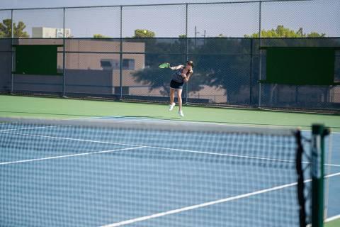 (Jamie Jane/Boulder City Review) Senior Reggi Gibbs, seen in action Aug. 24, finished 3-0 in he ...