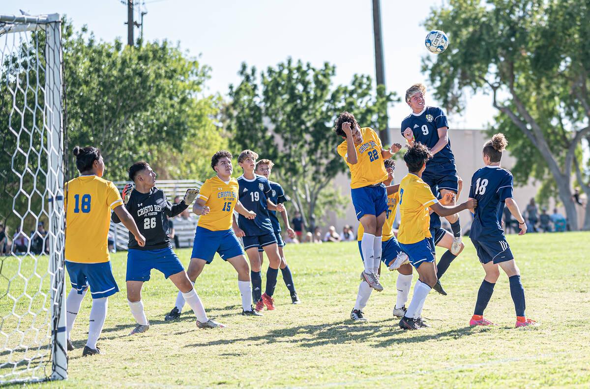 (Jamie Jane/Boulder City Review) Boulder City High School junior Gavin Kesler, No. 9, seen in a ...