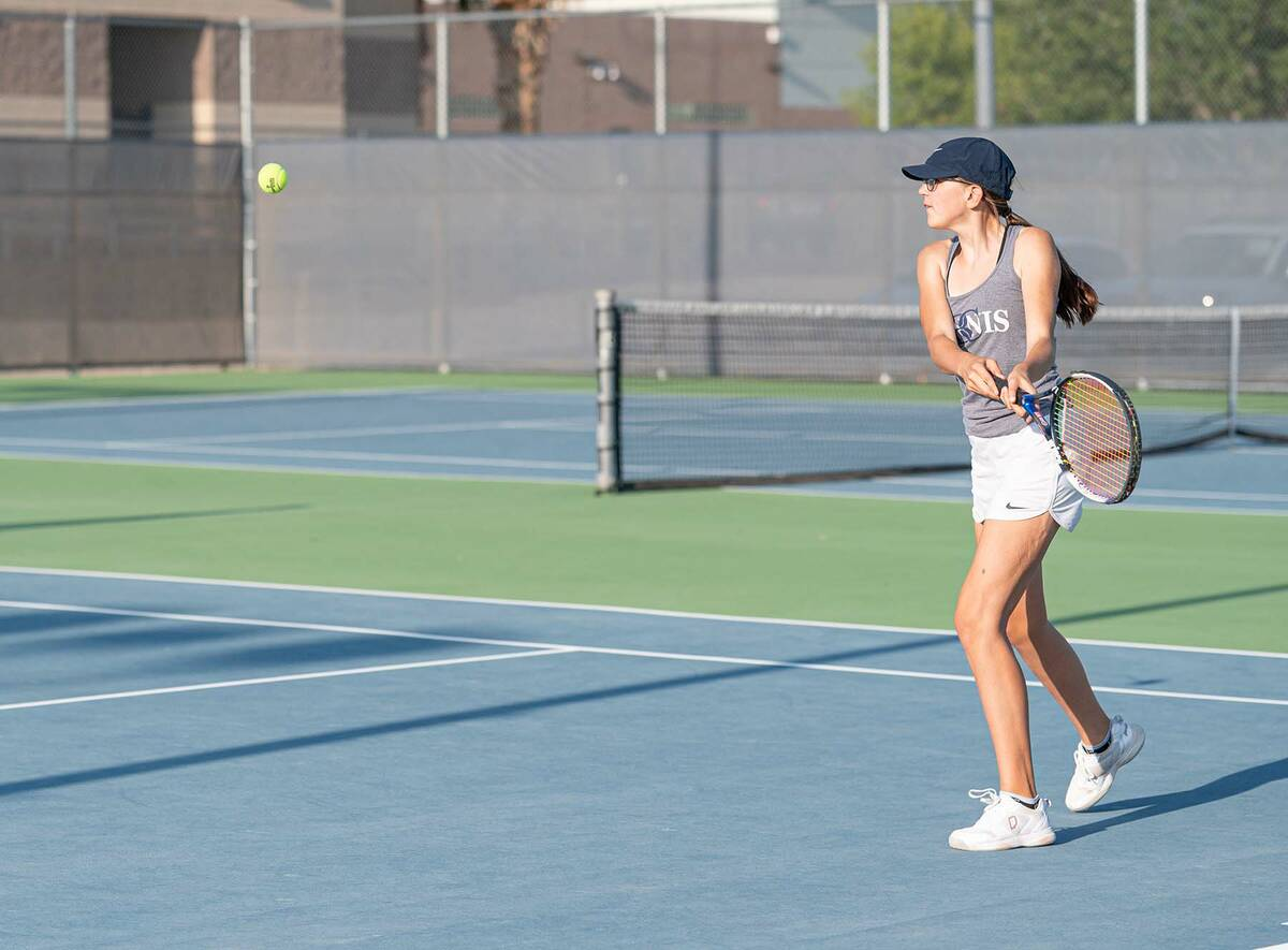 (Jamie Jane/Boulder City Review) Sophomore Emma Woods finished 2-1 against Mojave as the Lady E ...