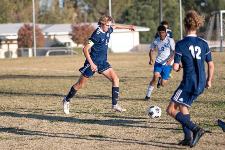 (Jamie Jane/Boulder City Review) Boulder City High School junior Gavin Kessler, seen in action ...