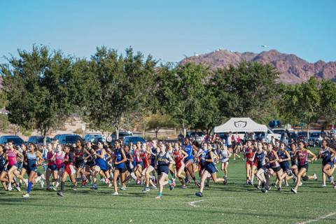 (Jamie Jane/Boulder City Review) The field of girls cross-country runners, as seen Oct. 9 at Ve ...